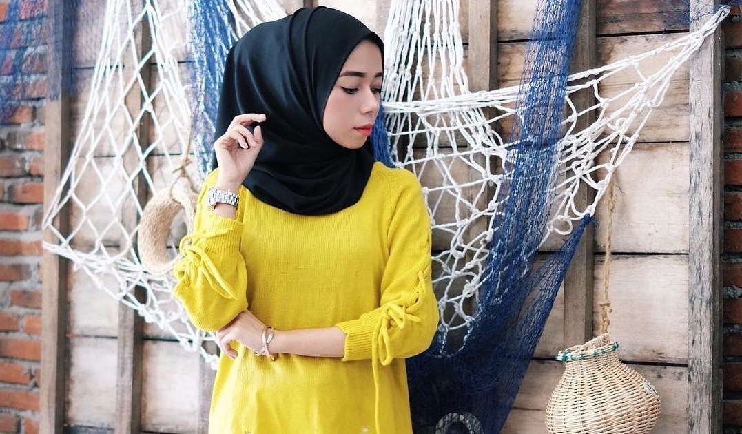 Ide Baju Lebaran Warna Hitam Drdp Cara Terbaik Memadupadankan Baju Warna Kuning Biar Nggak