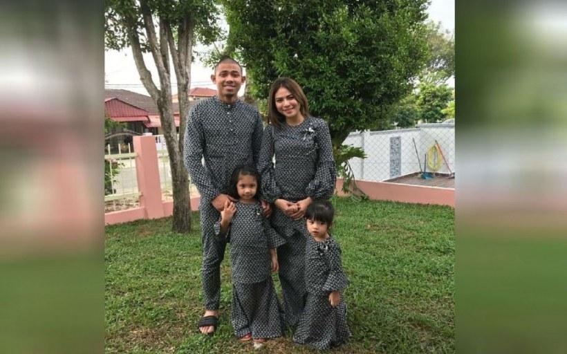 Ide Baju Lebaran Warna Hitam Thdr Melaram Dengan Baju Raya