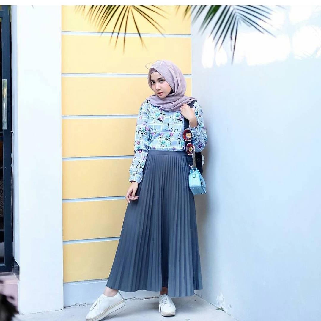 Ide Fashion Muslim Remaja S5d8 17 Koleksi Fashion Baju Hijab Remaja 2018 Gaya Masa Kini