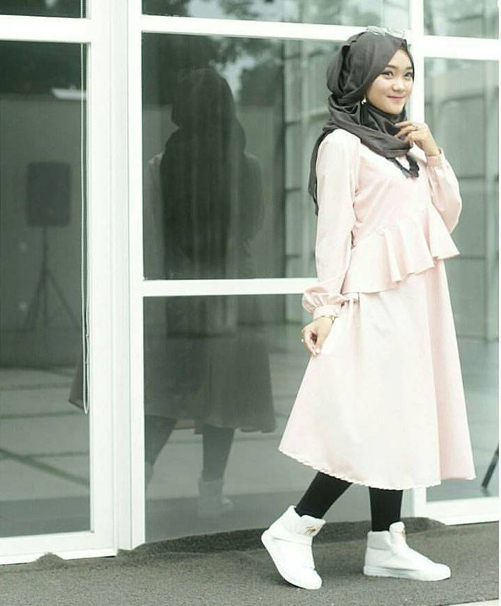 Ide Fashion Muslim Terbaru Qwdq Fashion Hijab Remaja Terbaru 2018 Gaya Masa Kini Teman