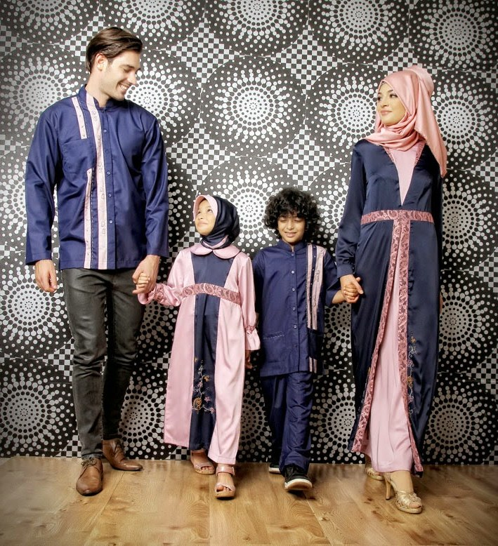 Ide Model Baju Lebaran 2018 Untuk orang Gemuk Dddy 25 Model Baju Lebaran Keluarga 2018 Kompak & Modis