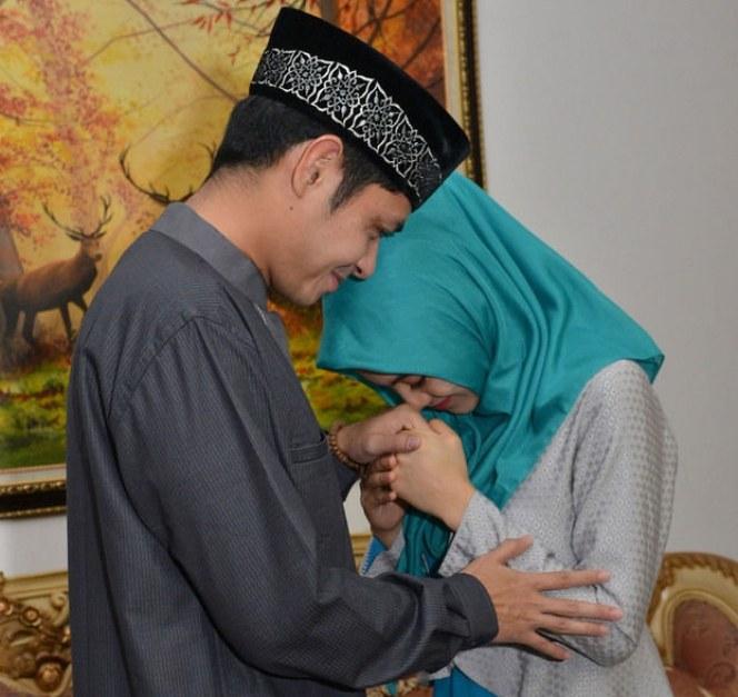 Inspirasi Baju Lebaran Pasangan Suami istri 3id6 Lebaran Pertama Dude Dan Alyssa Sebagai Suami istri Foto