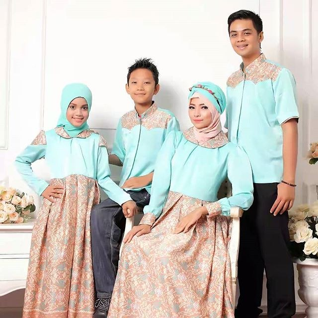 Inspirasi Baju Lebaran Untuk Anak Irdz 9 Model Baju Couple Muslim Untuk Lebaran Dan Pesta