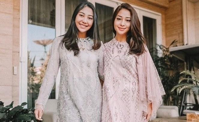 Inspirasi Baju Lebaran Yang Bagus Dwdk Foto Foto Baju Couple Keluarga Saat Lebaran Yang Bisa Jadi