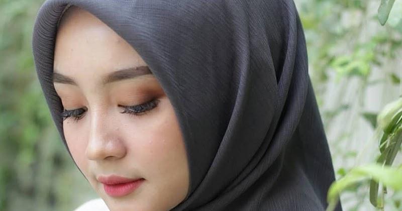 Model Baju Lebaran Tahun 2020 0gdr Jilbab Simple Dan Minimalis Trend Hijab Dan Baju Lebaran