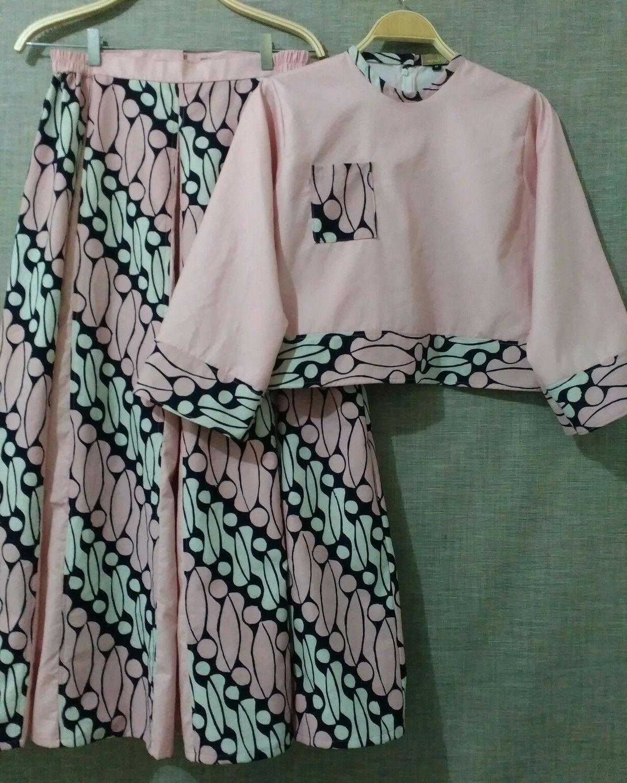 Model Baju Lebaran Untuk Nenek 0gdr Model Baju Gamis Batik Kombinasi Terbaru Trend Baju Batik