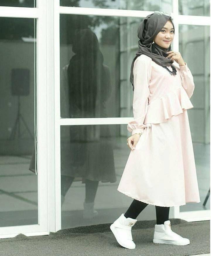 Model Fashion Muslimah Terbaru Q5df Fashion Hijab Remaja Terbaru 2018 Gaya Masa Kini Teman