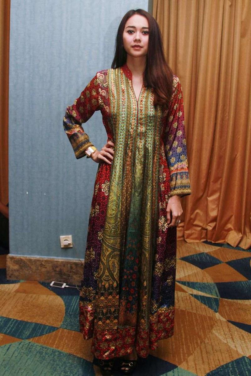 Model Melihat Baju Lebaran Bqdd Tips Memilih Dan Membeli Baju Lebaran Line Dzargon