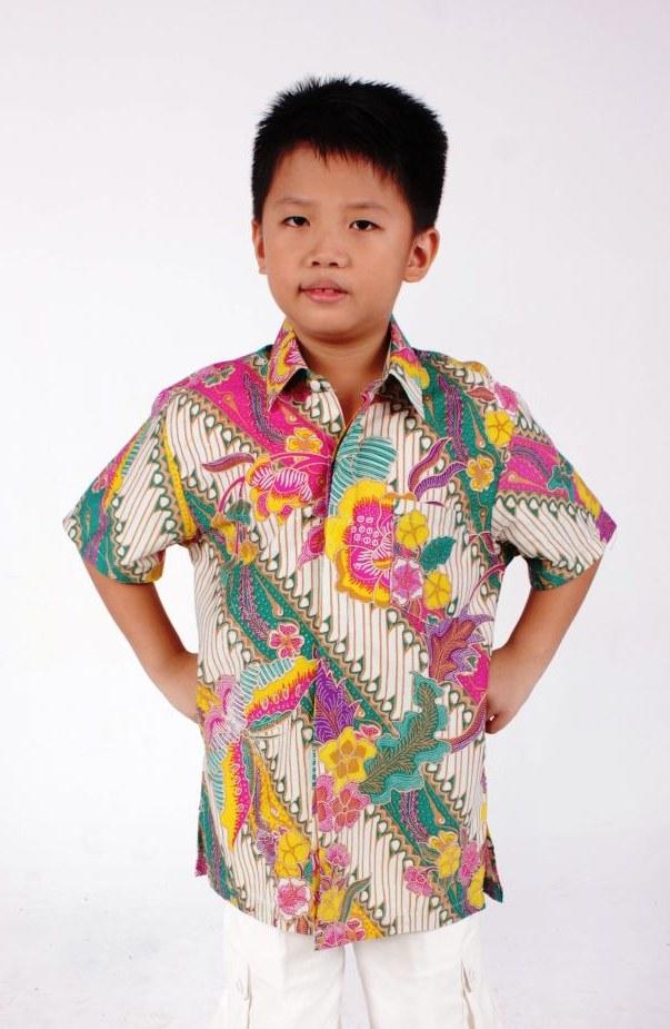 Model Model Baju Lebaran 2019 Anak Laki Laki Xtd6 32 Model Baju atasan Batik Laki Laki Trend Terbaru